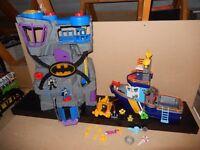Imaginext Bundle - Batcave, Fishing Boat & extra's