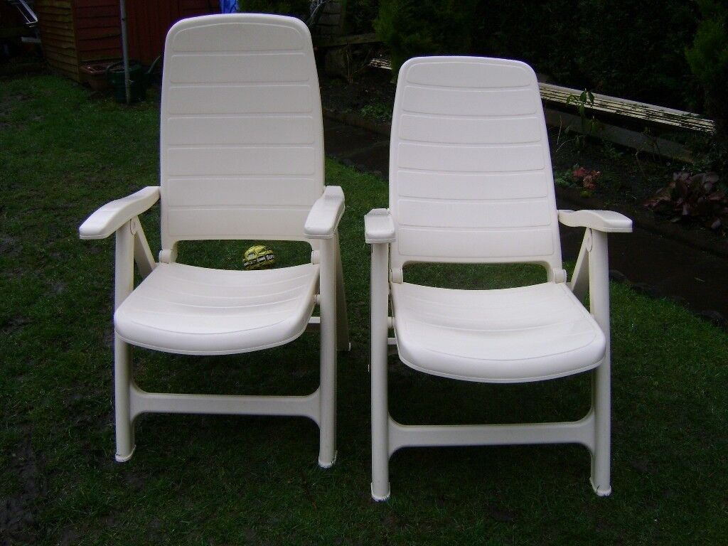 Two Flair Plaisir Strong Resin Garden Chairs In Cream