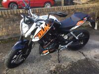KTM duke 200 low mileage, excellent condition
