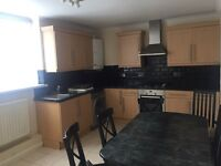 3 bed house in slough Dss acceptable