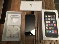 BOXED iPHONE 5S - 16GB - SPACE GREY; INC HEADPHONES