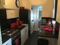 *** 1 BEDROOM FLAT*** SPACIOUS***NEWLY REFURBISHED****