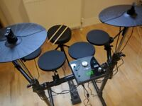 Drummer wanted for jam sessions. All skill levels welcome. Kit provided. Glasgow City center.