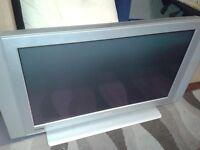 tv 42 inch panasonic