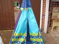 TEE PEE STYLE PLAY TENT WITH A DIFFERENCE HAS INTERIOR LIGHTS £10
