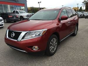 2015 Nissan Pathfinder SV- HEATED SEATS, REAR VIEW CAMERA