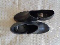 Clark's Ladies ankle boots black