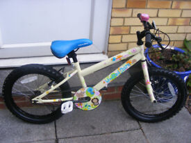 """GIRLS 18"""" WHEEL BIKE IN GREAT WORKING CONDITION AGE 5+ NO RUST"""