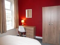 AVAILABLE NOW! Bright Spacious Double 10 Mins from Manchester! All Bills Included