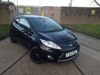 AUTOMATIC FORD FIESTA 2012 TITANIUM FULLY LOADED MODEL.50 K MILES.XENONS.SPORTS ALLOYS. BARGAIN
