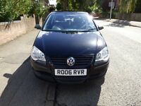 Black 1.2 VW Polo 2006 model (One family owned since new - 86,000 miles)