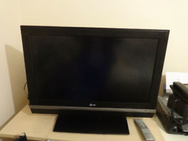 """LG 32"""" HD 720p LCD TV - Used in Very Good Condition Fully Working"""