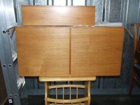 Solid teak units (3), Beaver & Tapley, high quality: 2 cupboards (1 floor standing), 1 drawer