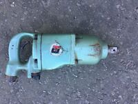 """Universal Tool Company 1"""" Drive Air Impact Wrench"""