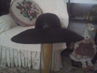 Beautiful Black straw Hat/French shic