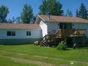 $518,000 - Bi-Level for sale in Red Deer County