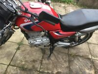 Selling Suzuki en 125 cc open to offers