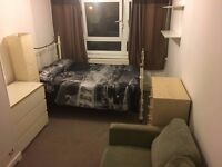 BRIGHT LARGE DOUBLE BEDROOM AVAILABLE IN PUTNEY ASAP