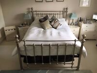 Silver king size 5 foot metal bed frame