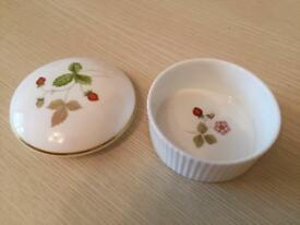 Wedgewood Dish With Lid - 'Wild Strawberry'