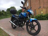 Sinnis 125cc motorbike - low miles