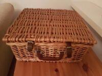 Willow Picnic Hamper Basket