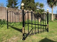 Stunning And So To Bed Cast Iron Black Brass & Porcelain 4FT6 Double Bed Frame - Great Condition