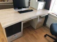 Large maple effect desk