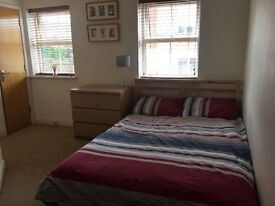 Spacious double room in a shared house available to rent in Kingswood now. All bills included.