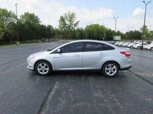 2012 Ford FOCUS SE FWD