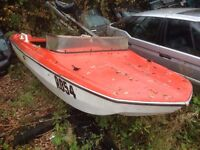 BOAT with trailer no engine 15 ft feet