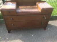 Four draw chest of drawers dressing table