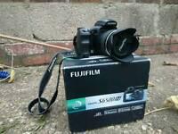 Fujifilm finepix bridge/ dslr style camera. nikon canon