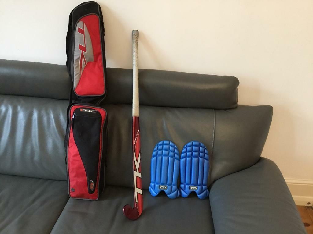 Hockey stick, pas and carry bag