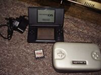 NINTENDO DS LITE BLACK WITH GAMES