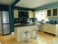 Four bedroom semi detached house in Colindale