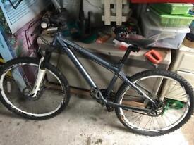 """Carrera Kraken Mountain Bike 16"""" Frame"""