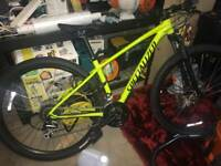 2018 Specialized Rockhopper Mountain Bike (NEW)