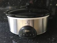 Slow cooker in Luton used once