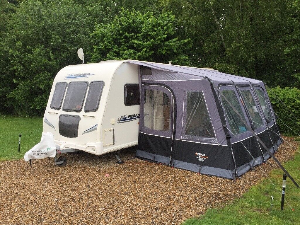 Vango Braemar 420 Caravan Awning And Carpet In Aylsham