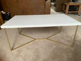 White marvel effect coffee table gold legs Y design