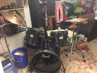 Pearl Drum Kit Black + Sabian Symbols + Evans Skins + Bags