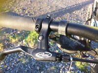 C Boardman MX/3XB Sport 700C Hybrid Bike 54 Cm Frame Disc Brakes