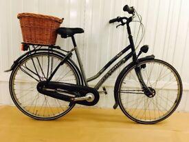 Premium GAZELLE Classic Dutch City Bike, Drum Breaks, Hub Gears, Chain Guard, New Wicker basket