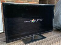 """Samsung Smart TV 46"""" in great condition"""