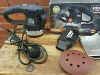 Ferm, ESM1009, 480w orbital sander used once with extra sheets