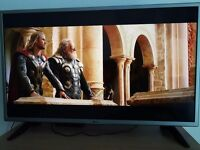 """Almost new LG 32"""" TV LED - working condition"""