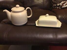 Tea Pot & Butter Dish (Vintage?) £5 ono!