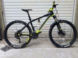 Saracen Mantra Trail Mountain adult Bike 15 inches medium
