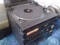 Retro Saisho hifi unit with two matching speakers
